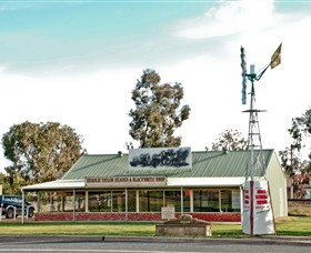 Headlie Taylor Header and Blacksmiths Shop - Accommodation Coffs Harbour