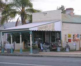 Lady Gails Bookshop and Curios - Accommodation Coffs Harbour