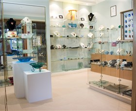 The Glass Gallery - BS Glass Art - Accommodation Coffs Harbour