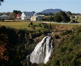 Waratah Falls - Accommodation Coffs Harbour