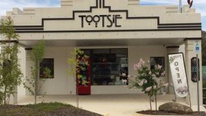 Tootsie Fine Art and Design - Accommodation Coffs Harbour