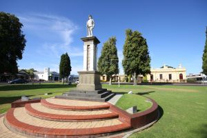 Naracoorte Town Square - Accommodation Coffs Harbour