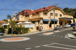 Harbord Beach Hotel - Accommodation Coffs Harbour
