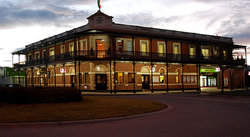 The Grand Terminus Hotel - Accommodation Coffs Harbour