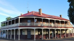Brookton Club Hotel - Accommodation Coffs Harbour