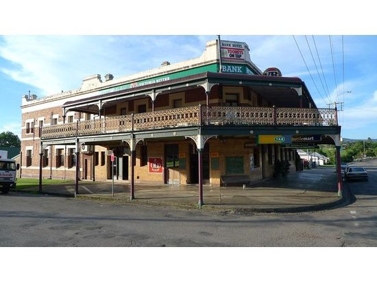 Bank Hotel Dungog - Accommodation Coffs Harbour