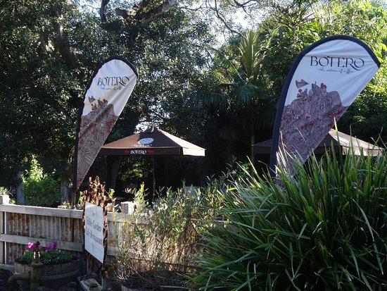 The Edible Garden Cafe/Restaurant - Accommodation Coffs Harbour