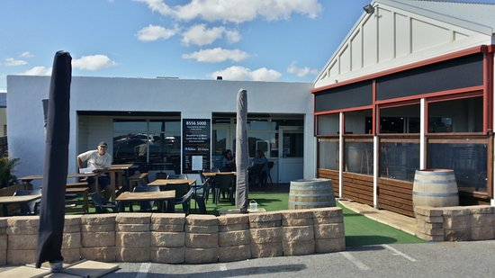 Breeze Cafe  Bar - Accommodation Coffs Harbour