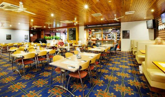 Coutts Commercial Tavern - Accommodation Coffs Harbour