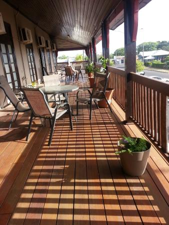 Commercial Hotel Clermont - Accommodation Coffs Harbour