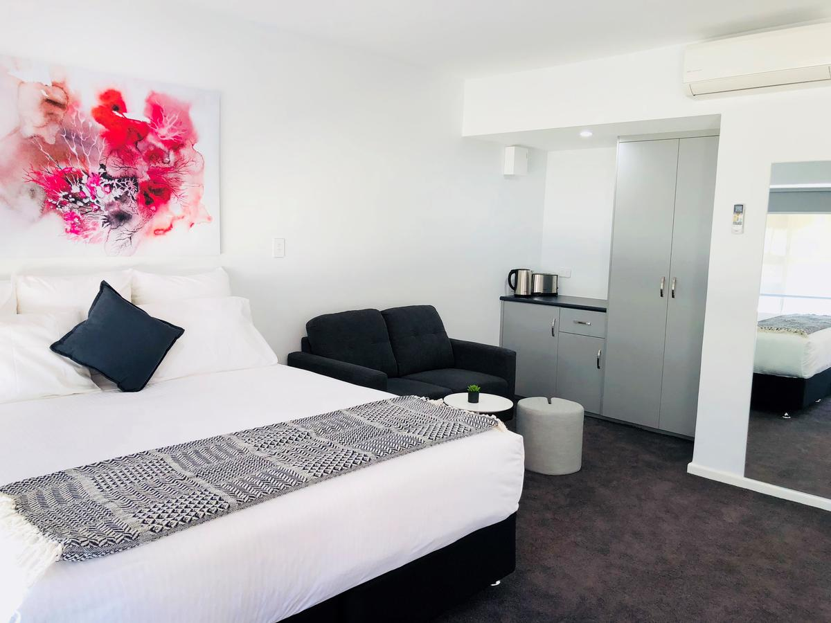 The Avenue Inn - Accommodation Coffs Harbour