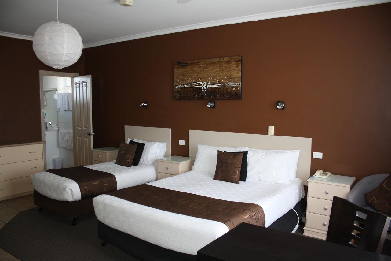 Lakeview Motel and Apartments - Accommodation Coffs Harbour
