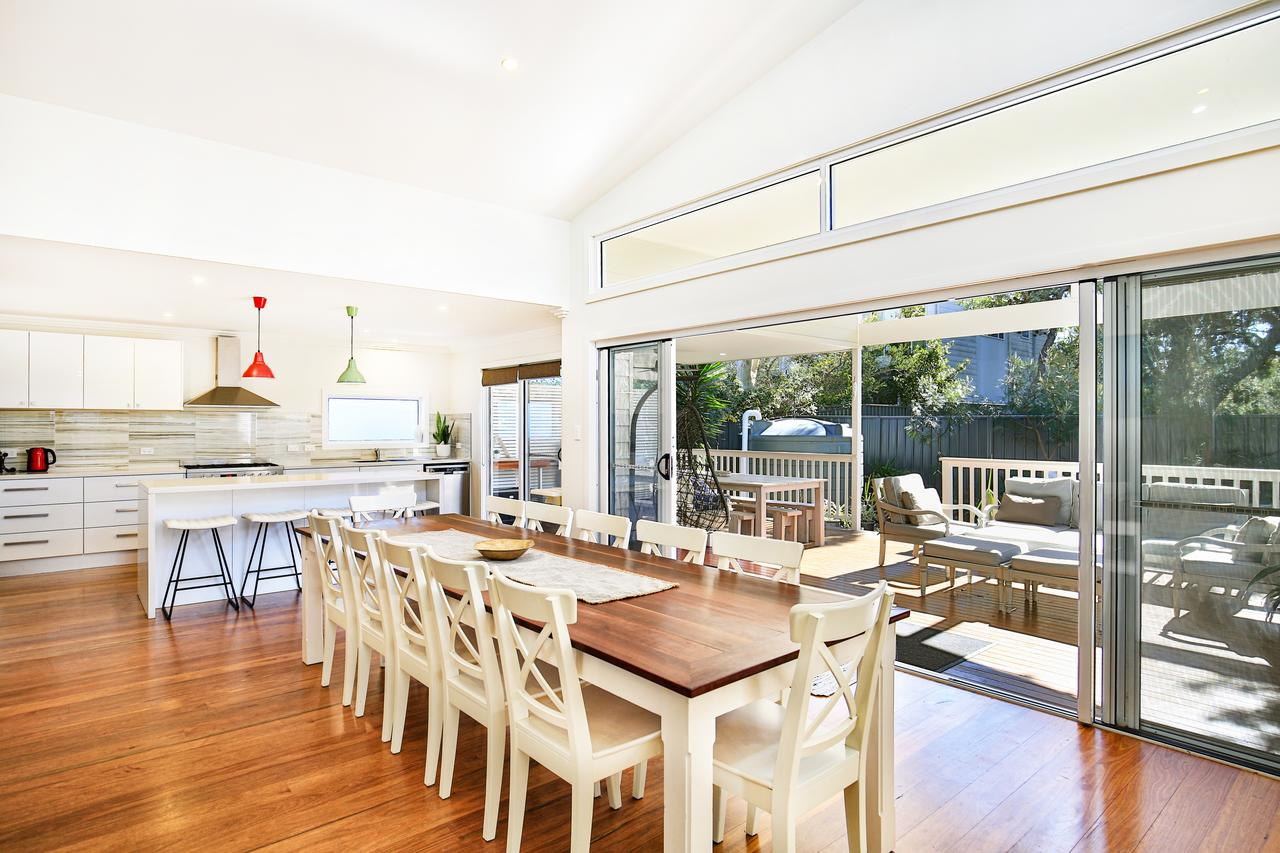 Calming Waters - Pet Friendly - 3 Min Walk to Beach - Accommodation Coffs Harbour