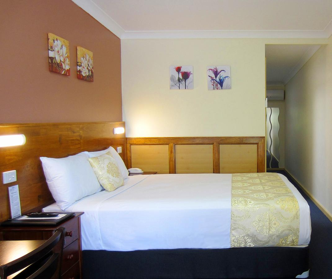 Highway Motor Inn Taree - Accommodation Coffs Harbour