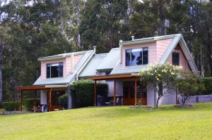 Bawley Bush Retreat and Cottages - Accommodation Coffs Harbour