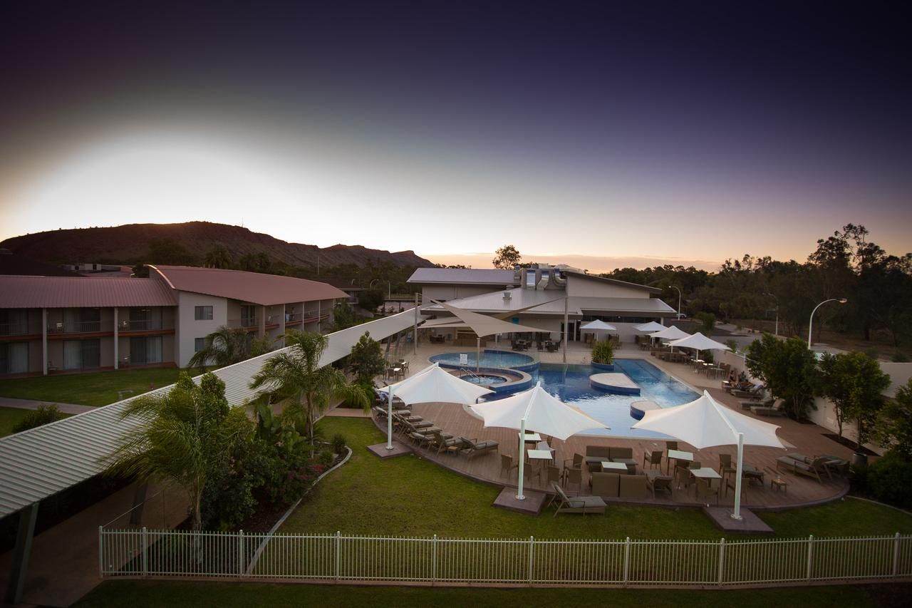 Crowne Plaza Alice Springs Lasseters - Accommodation Coffs Harbour