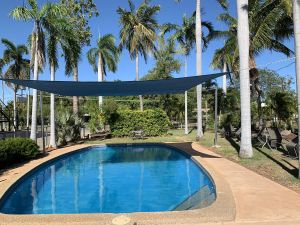 Pine Tree Motel - Accommodation Coffs Harbour