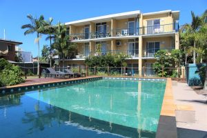 Broadwater Keys Holiday Apartments - Accommodation Coffs Harbour