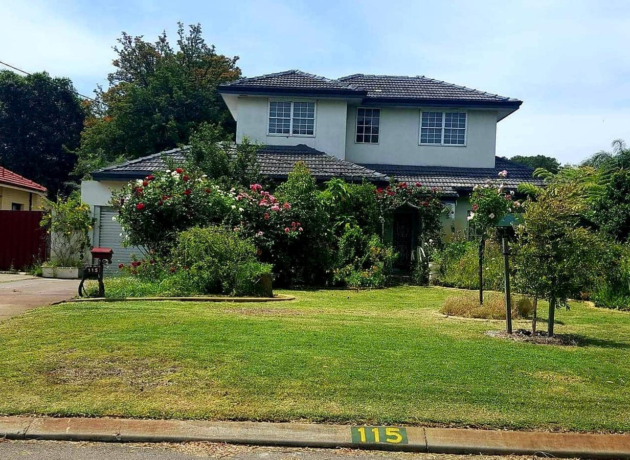 Airport HomeStay - Accommodation Coffs Harbour