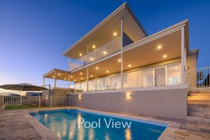 32 Corella Court - Private Jetty and Pool - Accommodation Coffs Harbour