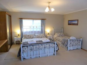 Tamar River Retreat - Accommodation Coffs Harbour