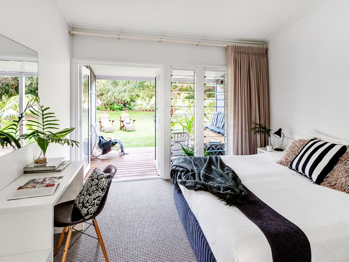 Pinetrees Lodge - Accommodation Coffs Harbour