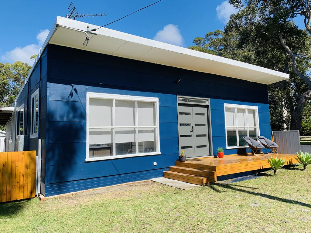 Abode Callala Beach Jervis Bay - 100m to Beach - Accommodation Coffs Harbour