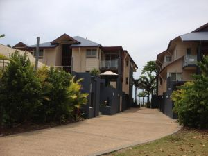 Beach House Apartment 1 - Accommodation Coffs Harbour